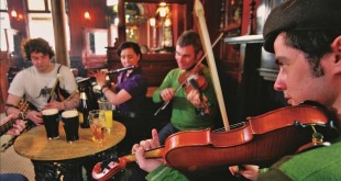 The Garrick bar - Traditional Music