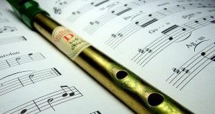 irlande-musique-instrument-flute-tin-whistle
