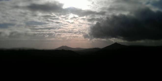 Mont Sugar Loaf - pain de sucre - wicklow - irlande - tourisme - visite - paysage - soleil
