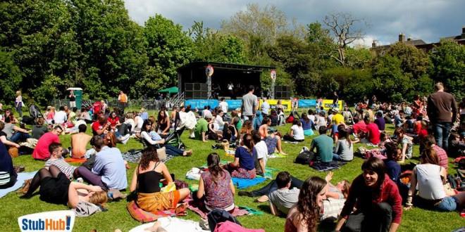 Dublin - youth festival - enfant - capital - charité - irlande - foule