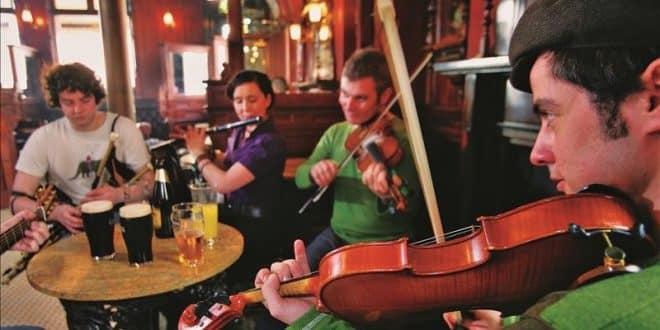 The Garrick bar - Traditional Music